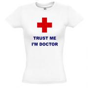 Футболка trust me i am doctor